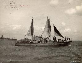 An HDML under sail